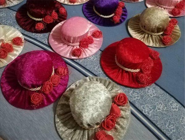İğnelik Şapkalı